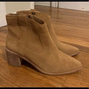 Lonnie Madewell Boots. 7.5